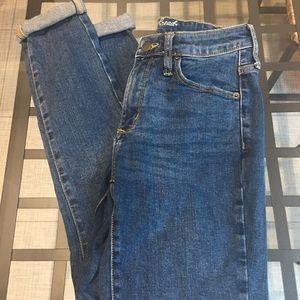 Universal thread jeans. Jagging's.